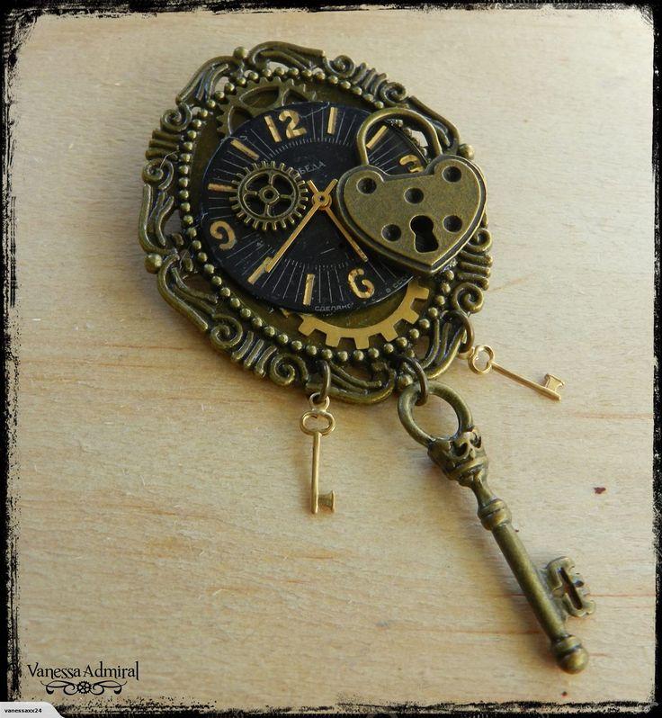 Delightful Steampunk Inspired Clockwork Brooch | Trade Me