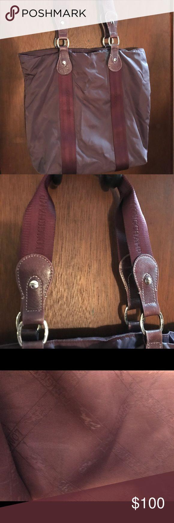 Longchamp Women's Tote Beautiful Burgundy Longchamp Women's Tote. Small Marks of Wear. Perfect Christmas Present! Longchamp Bags Totes