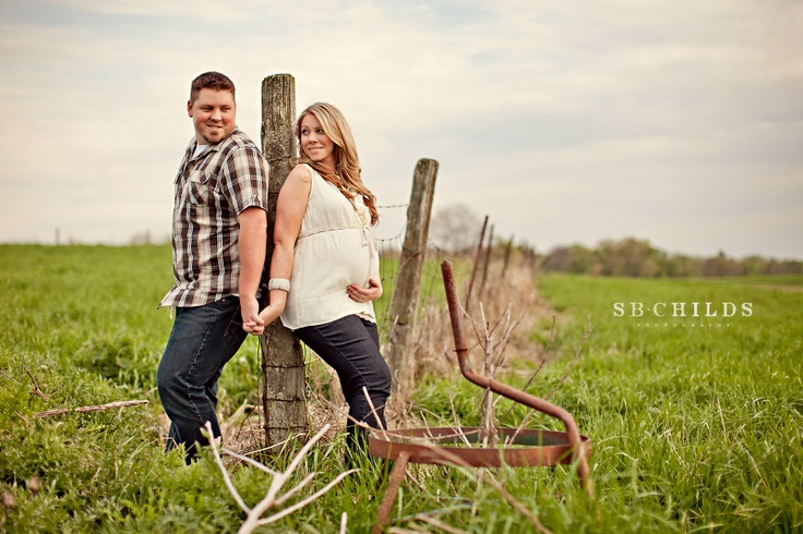 Country: Engagement Pictures, Engagement Photo, Photo Ideas, Maternity Pics, Cute Pictures, Country Maternity, Country Engagement, Maternity Photo, Country Baby