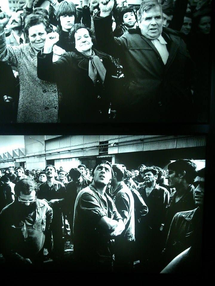 """Dentro de la exposición """"Jordi Socías. Fotografías encontradas"""" que actualmente está en el Palau de la Virreina (Centre de la Imatge) de Barcelona, podemos ver estas imágenes de la Huelga de Seat en la Zona Franca de Barcelona en 1978."""