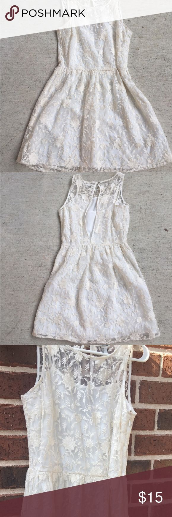 Midi Lace Dress Cute cream lace dress, only worn once 💎 Forever 21 Dresses Midi