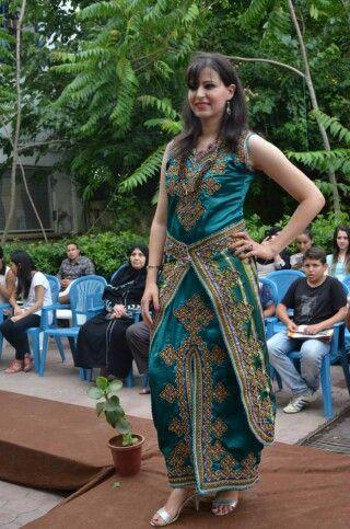 Vert gargarie | robe kabyle | Pinterest