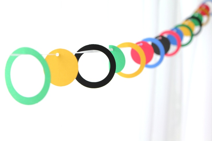 Olympics Party GarlandKids Parties, Circles Garlands, Decor Ideas, Circles Center, Parties Ideas, Center Garlands, Olympics Parties, Construction Paper, Baby Shower