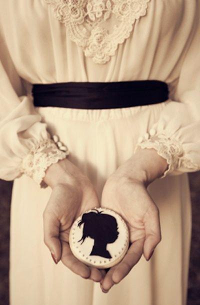 Victorian Steampunk Weddings - pretty, punk cookies
