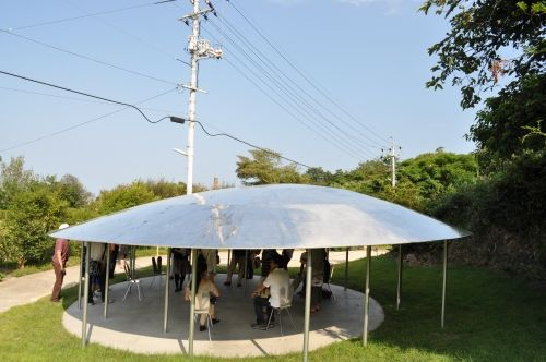 犬島に現れた休憩所。瀬戸内国際芸術祭。犬島観光のおすすめ