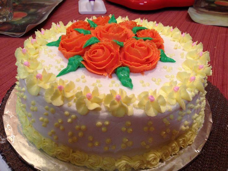 Wilton Decorating Basics  Buttercream Rose Bouquet Cake
