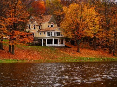 Take me here, please!: Dreams Home, Country Cottages, Dreams Houses, Fall Vacations, Vacations Spots, Lakes Houses, Vacations Houses, Home Architecture, Cottages Colors
