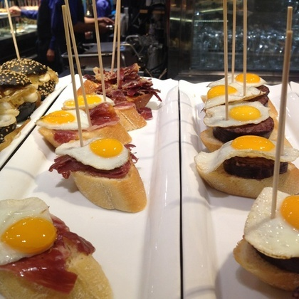 tapas @ Bilbao Berria ¡Algo tan sencillo pero a la vez tan apetitoso!