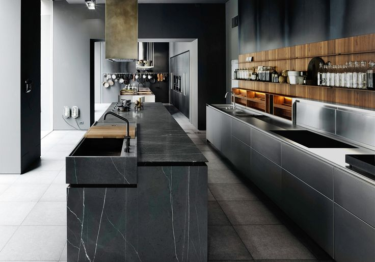 Boffi Boffi_Code kitchen in stainless steel and marble.