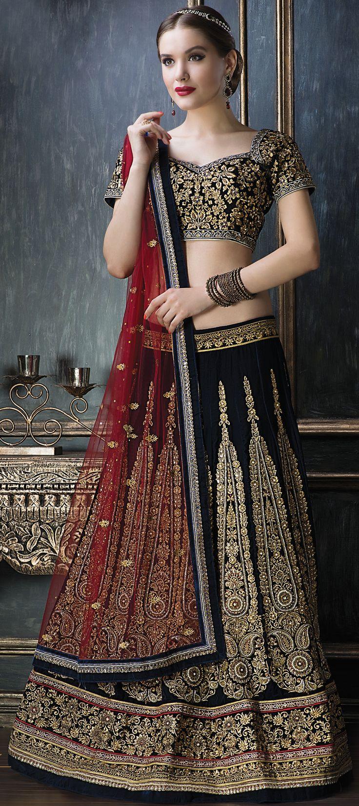 176072: Blue color family Bridal Lehenga, Wedding Lehnga .