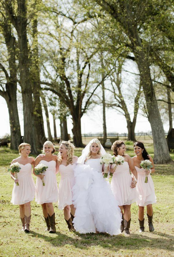 An Ivory & Blush Handmade Country Wedding by Aislinn Kate Photography via Fab You Bliss