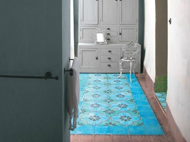 un tapis trompe l oeil en carreaux de ciment w641h478 bib bea pinterest. Black Bedroom Furniture Sets. Home Design Ideas