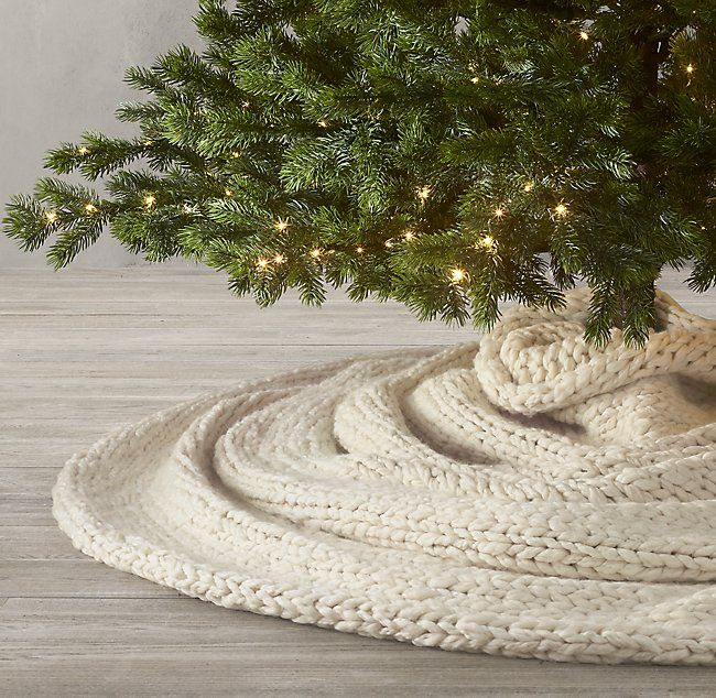 Chunky Hand Knit Tree Skirt Diy Diy Christmas Tree Skirt