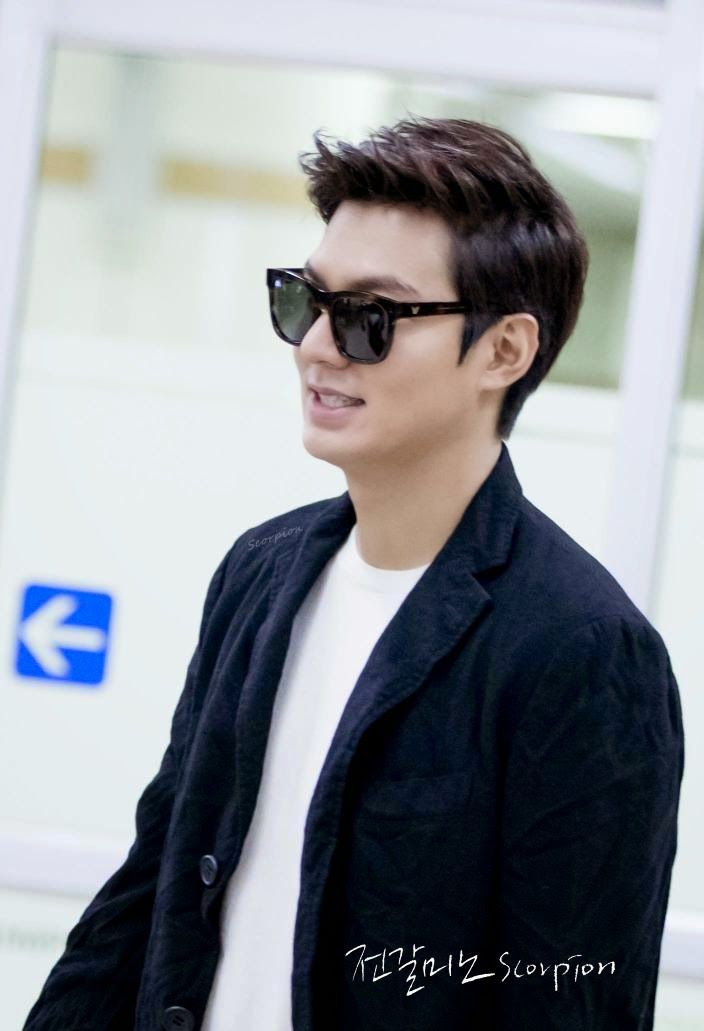 Lee Min Ho, back home from China, 20141019.