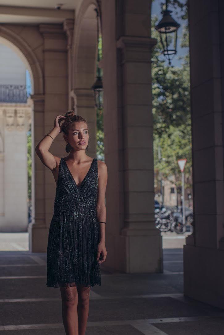 Petit passage à l'ombre with @goicoechea22 wearing a beautiful #dress #ninakaufmann #boho #gypsy #robe #sublime #ninakaufmannofficial
