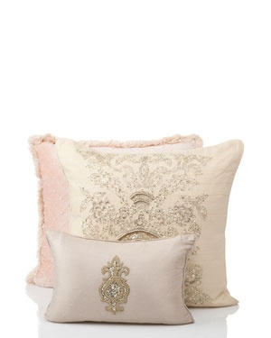 17 Best images about Fancy Pillows on Pinterest Recycled clothing, Hot pink and Throw pillows