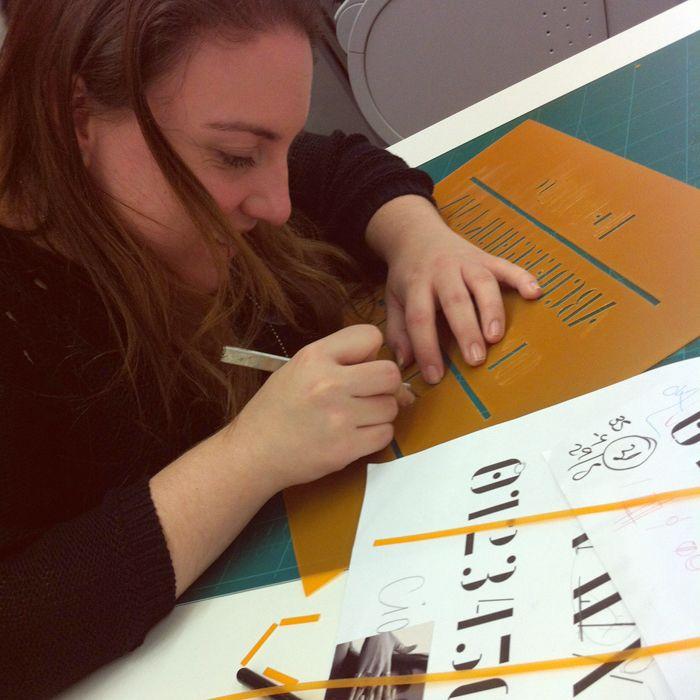 DO YOUR OWN STENCIL TYPE. Maratón Creativa de Elisava: 16-19th December | Laura Meseguer