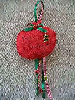 http://tinaslovelycreations.blogspot.gr/2011/12/blog-post_1377.html