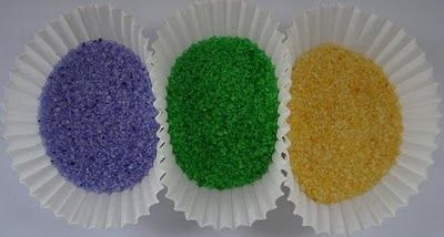 mardi gras king cake-make your own colored sugar