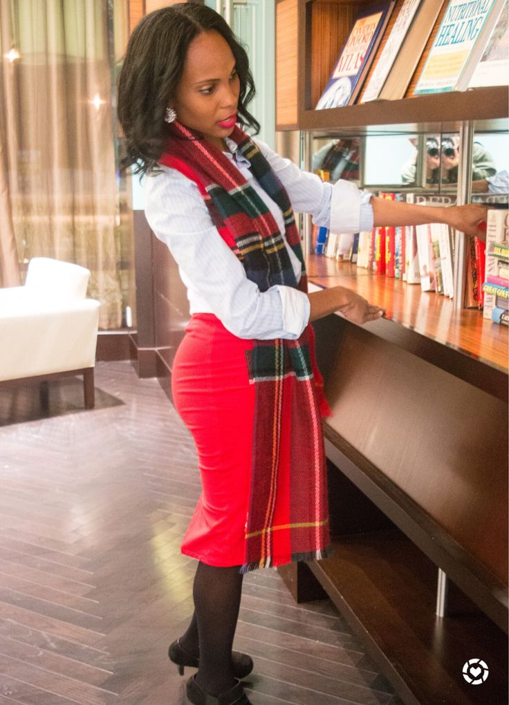 How To Style A Basic Button Up/button up shirt outfit/Red Skirt/Tartan Scarf/wear to work style