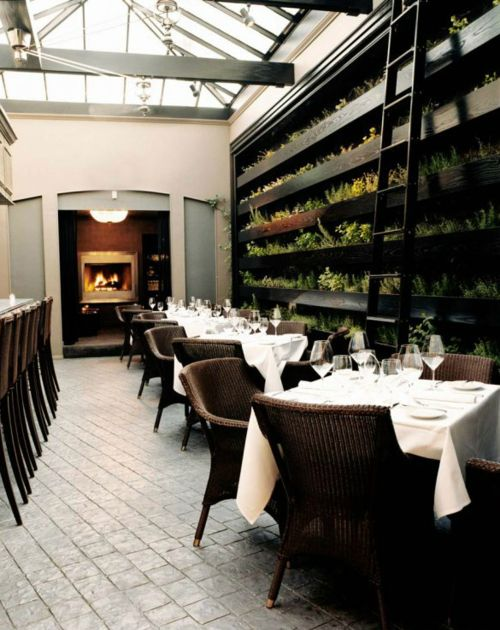I would love to dine there: Living Wall, Restaurants Inspiration, Cafes, Joe Schmelzer, Interiors Design, Treasurbit Studios, Vía Joe, Herbs Libraries, Commercials Interiors