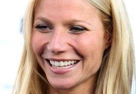 6-Apr-2013 17:57 - GWYNETH PALTROW HEEFT KONT VAN JONGE STRIPPER. Gwyneth Paltrow is erg te spreken over haar nieuwe achterwerk. Door hard te werken met celebritytrainer Tracy Anderson is haar kont terug in de
