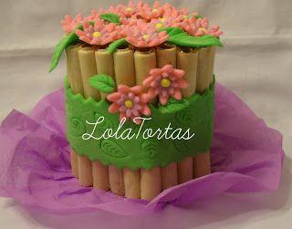Torta cuchufli con flores
