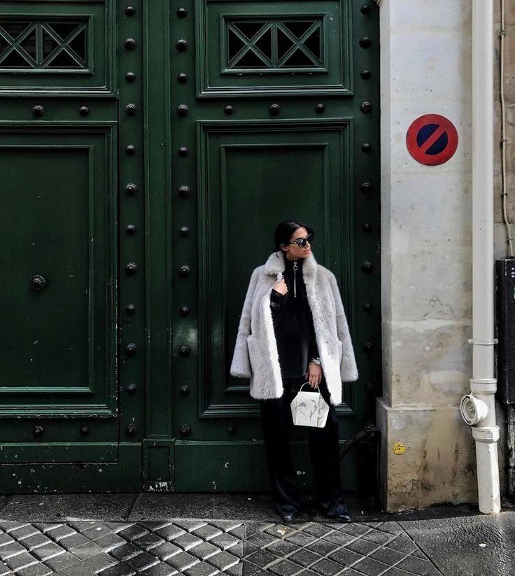 Do I look Parisian yet?  #pfw