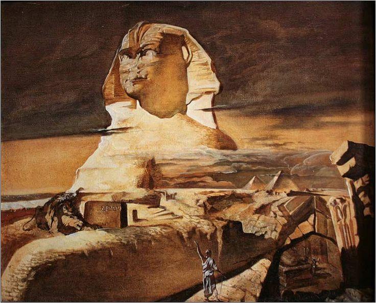 В Египте каменные изображения Сфинксов (без крыльев) часто охранял храмы и другие святые места. Статуи Сфинкса встречаются часто. Наиболее известна статуя Большого Сфинкса. По определению Тита Флавия, римского ученого и писателя, египетский сфинкс - символ силы и ума: львиное туловище обозначает силу, человеческое лицо - ум. И сила, и ум нужны сфинксу, чтобы охранять пирамиды и храмы, полные сокровищ..