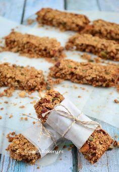 Mueslirepen - Laura's Bakery (gemaakt: superlekker: heerlijk zoet en lekker met kaneel! Variatie: agavesiroop & deel koekkruiden, deel kaneel)