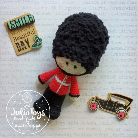 Queens Guard crochet pattern by Julio Toys