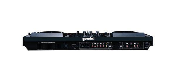 Fundada em 1974, a Gemini é uma empresa norte-americana com sede em Nova Jérsia com negócios na área do som profissional para os mercados PRO e DJ. A marca comercializa colunas de som, amplificadores, mesas de mistura, auscultadores, entre outros equipamentos e acessórios áudio.