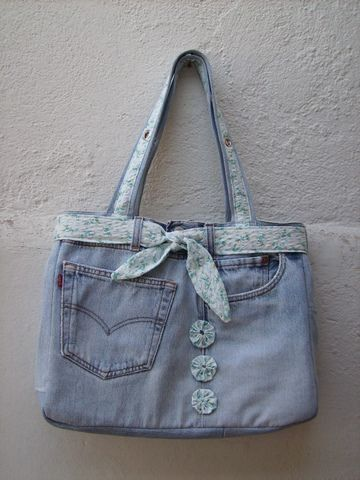 BOLSA JEANS FUXICO, tamanho 40 x 30, customizada, bolsa para ser usada em…