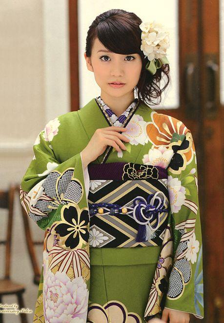 Watabe Wedding Anniversary Salon. A rental and the sale of the kimono. Model / Uko Oshima (Japanese Idle AKB48).