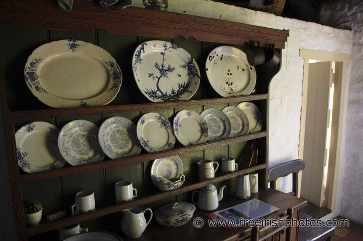 Irish Cottage INTERIORS | Dressers in Old Irish Cottages - Free Irish Photos, Desktop ...: