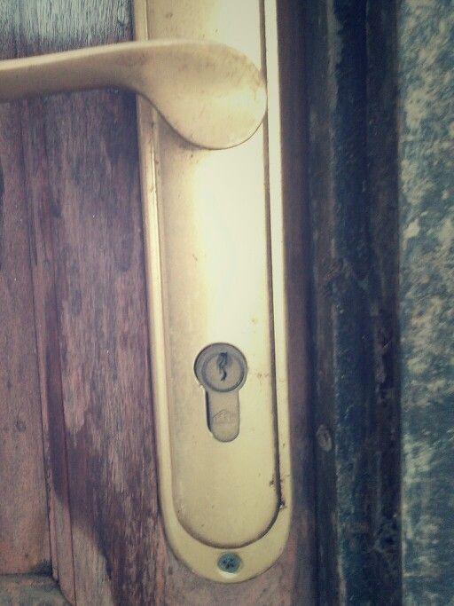 Gagang pintu_