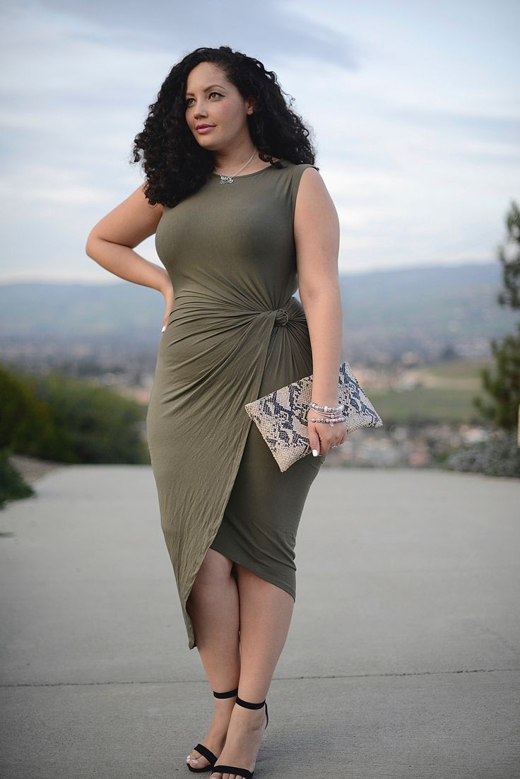 7 feminine plus size dresses for spring - women-outfits.com