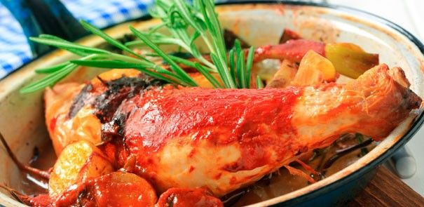 Did you know that tomatoes can be stored in the freezer for up to 1  year? They're perfect in stovetop meals, like our Chicken Simmered with Fennel recipe: http://www.becel.ca/en/becel/HeartHealthyRecipes/Main-Dishes/Chicken-Simmered-with-Tomato-Fennel.aspx
