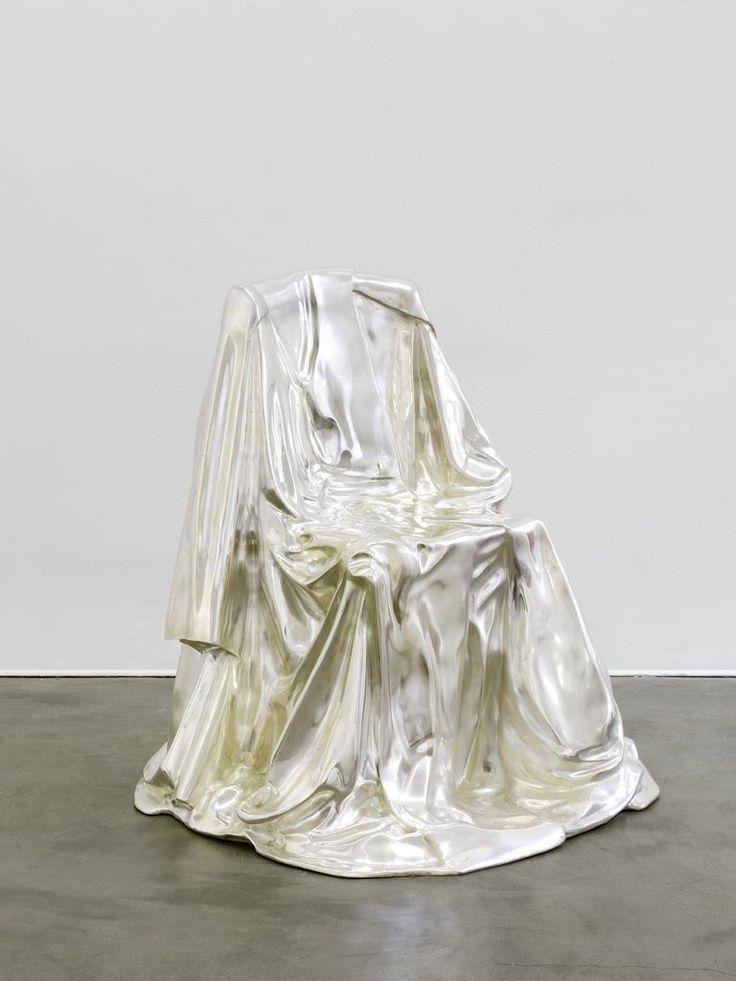 uvre:Chaise Drapée, Marina Karella, 1974.