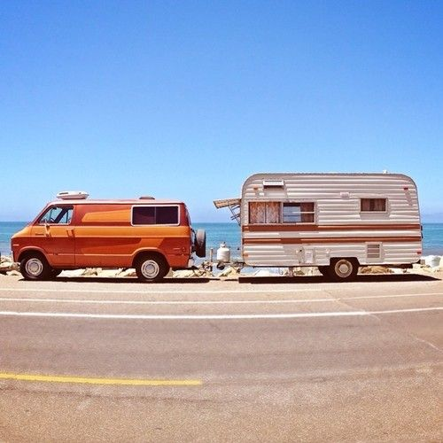 1000 images about campers on pinterest vintage airstream campers and shasta compact. Black Bedroom Furniture Sets. Home Design Ideas