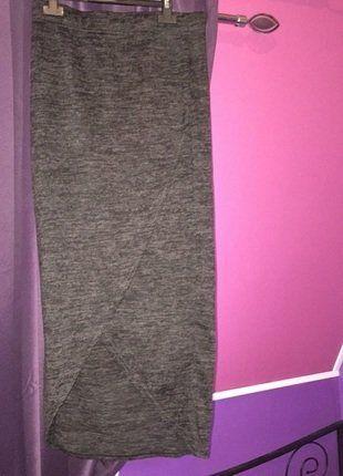 À vendre sur #vintedfrance ! http://www.vinted.fr/mode-femmes/jupes-moulantes/31255670-jolie-jupe-longue-moulante-avec-ouverture-devant-noir