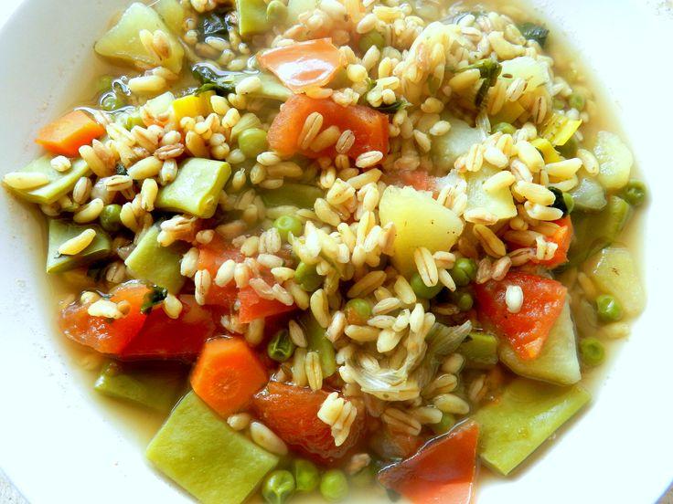 http://blog.giallozafferano.it/supercibi/minestra-di-verdure-e-