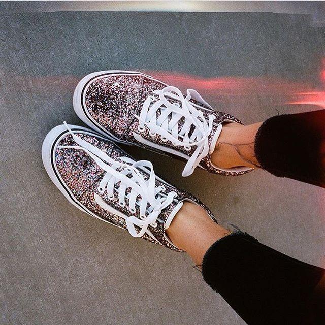 Glitter Glam: Loving @leilahurst's Chunky Glitter Old Skools. Shop or find a store at vans.com #vansgirls