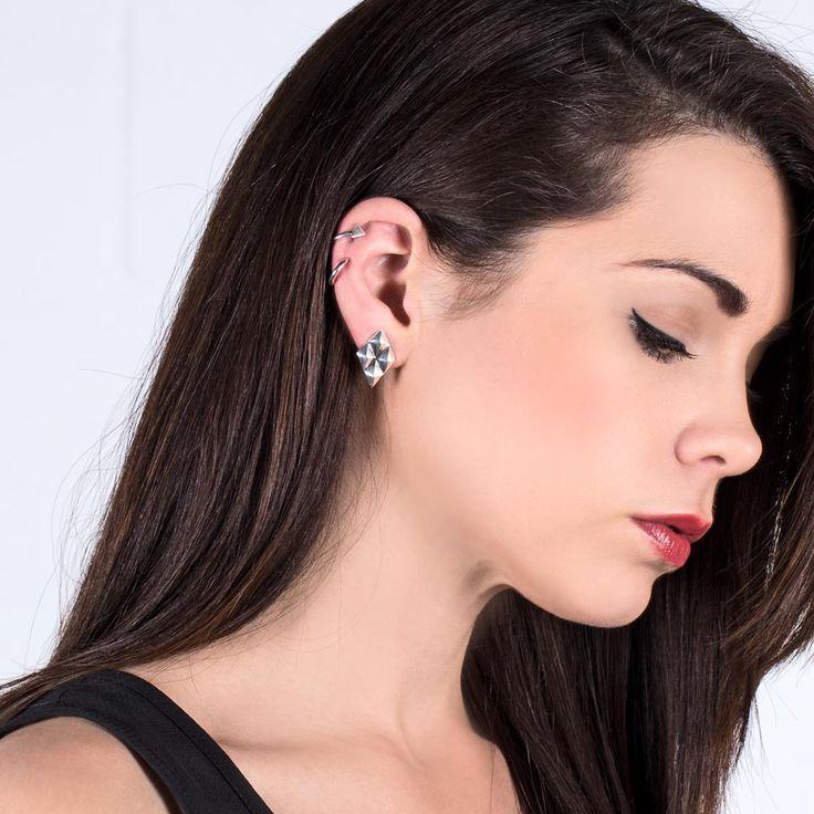 #miglio Geometric Ear Cuff Set -  Set of two ear cuffs in Sterling Silver E2795 worn with Petite Geometric Earrings - Petite diamond-shaped stud earrings in burnished silver plating E2789