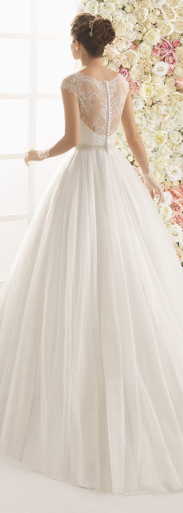 Wedding Dress by Aire Barcelona 2017 Bridal Collection 64 - Belle The Magazine