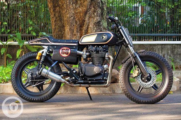 HONDA CB450 'BLACK BOMBER' - GEARHEAD MONKEY GARAGE - RETURN OF THE CAFE RACERS  PHOTO - TANK MOTO