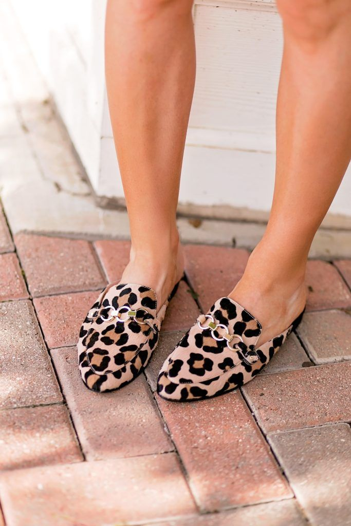 15ab04298d95 leopard slides    how to wear leopard for fall