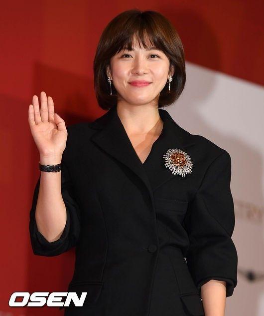 弟チョン・テスさんの思いがけない死去により、女優ハ・ジウォンの新作映画「マンハント」(監督:ジョン・ウー)の公式スケジュールが、次々と中止となった。「マンハント」側は「本日(22日)行われる予定だっ… - 韓流・韓国芸能ニュースはKstyle