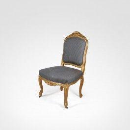 Cadeiras Louis XV, dourada e entalhada com motivos florais. Final do séc. XIX