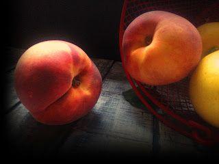 El Durazno         El durazno melocotón es antioxidante y nos aporta vitamina del complejo B y C. F...